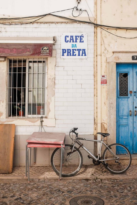 Travailler à Lisbonne dans les bars et les restaurants