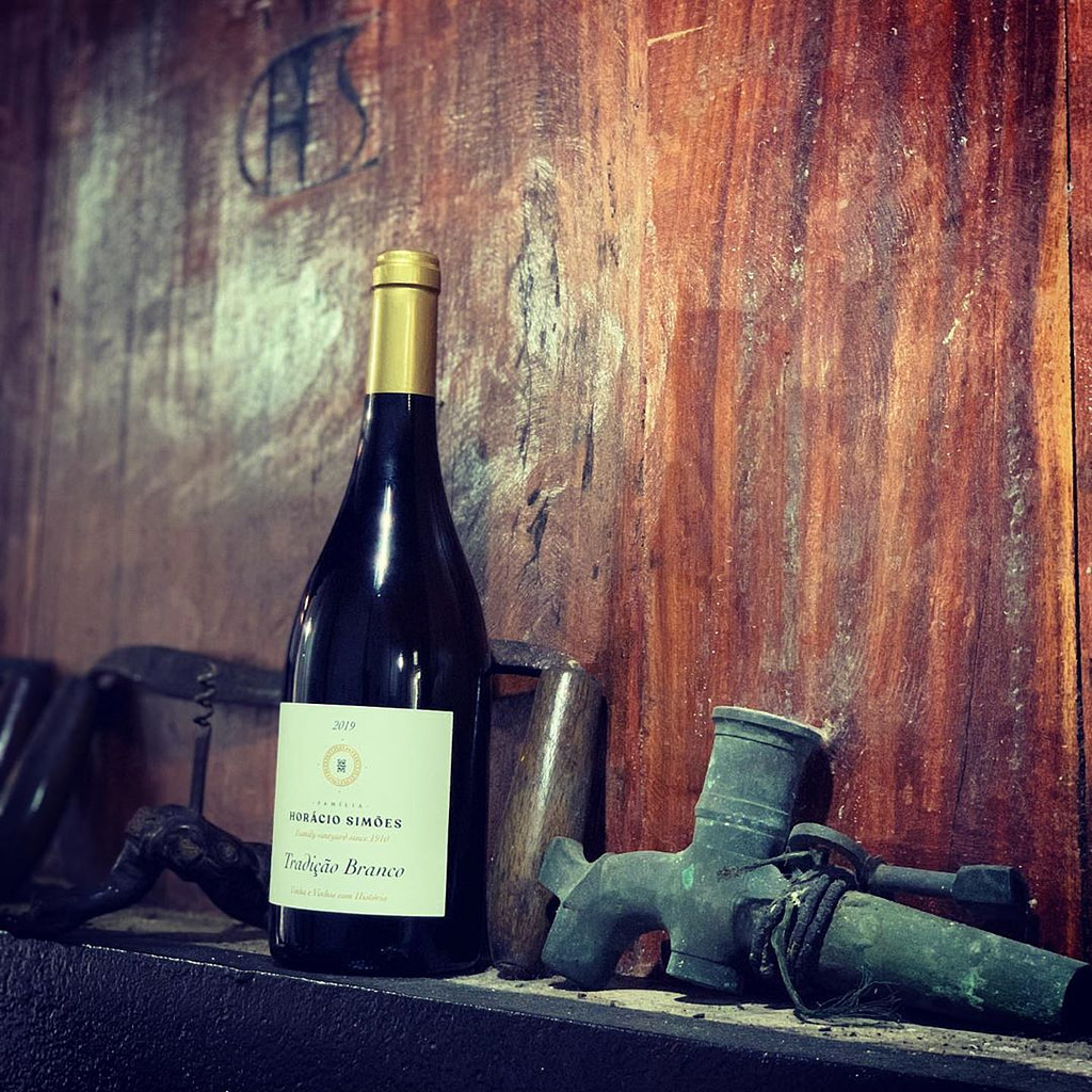 Guide des vins portugais avec la Horacio Simoes, un vin de la péninsule de Sétubal