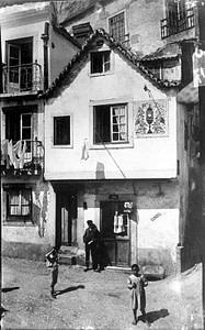 L'une des plus anciennes maisons de la ville de Lisbonne ayant survécu au tremblement de terre de 1755.