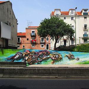 Street art dans le quartier d'Alcantara à Lisbonne réalisé par Bordalo II