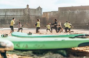 Cours de surf à Lisbonne sur la plage de Carcavelos
