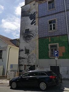 Street art à Graça de Eime, rendant hommage à la poète Sophia de Mello Breyner