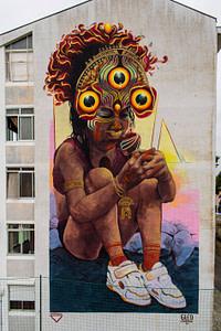 Gleo, street artiste dans le quartier de Marvila à Lisbonne