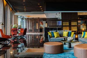 Hall d'entrée d'un hôtel 5 étoiles pour séminaire d'entreprise ou team building à Lisbonne