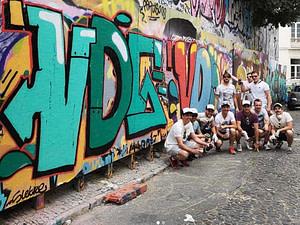 Atelier street art pour un evenement EVG ou EVJF à Lisbonne en mai ou juin