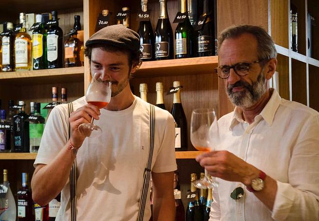 Dégustation des vins de Lisbonne pendant une visite commentée
