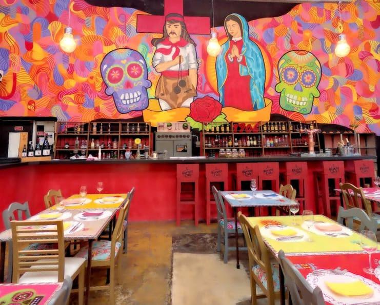 El bulo social club un restaurant mexicain branché à marvila idéal pour les soirées entre couple