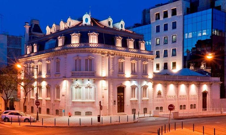 casa museu Medeiros e Almeida est une maison-musée la plus espectaculaire de lisbonne