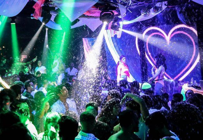 Posh Club est un club avec des show trans et se situe dans le quartier de Sao Bento à Lisbonne
